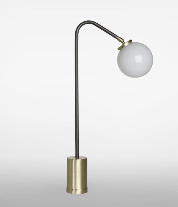 Array Table design lamp by CTO